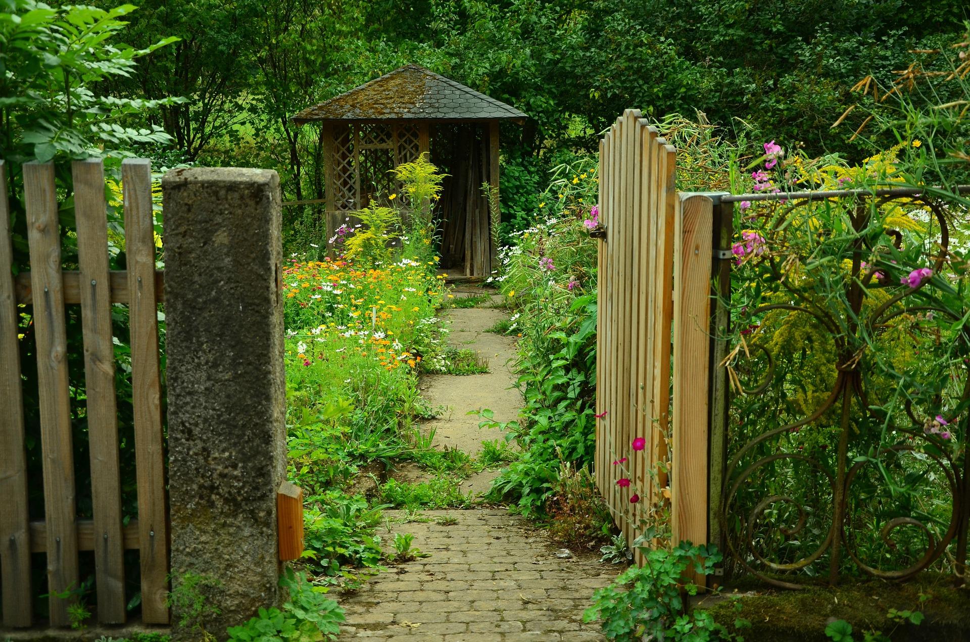 Pourquoi choisir les abris de jardins métalliques ?